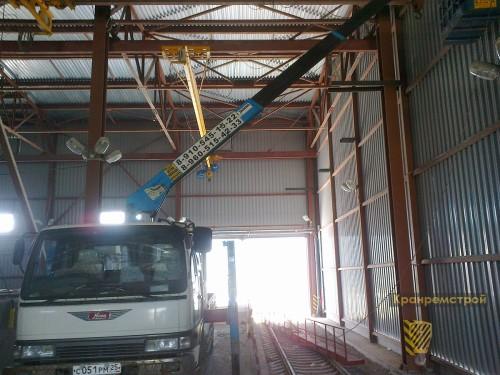монтаж площадки обслуживания двух мостовых кранов
